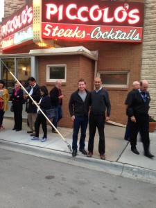 Scott Pape and me joining the throng outside one of Buffett's favourite restaurants - and learning to stick with his investment tips instead